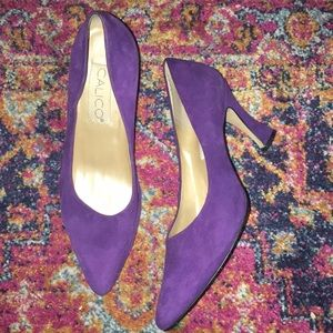 Vintage Purple suede pointy heels, size 8
